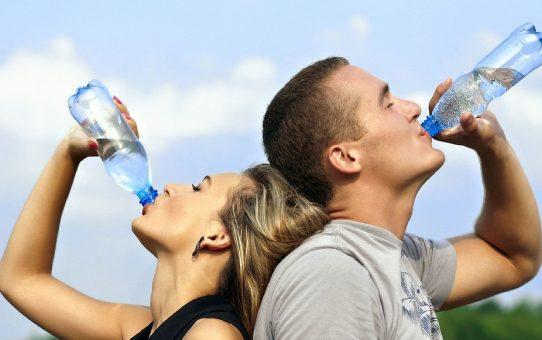 Beneficios de beber agua embotellada Agua Edén