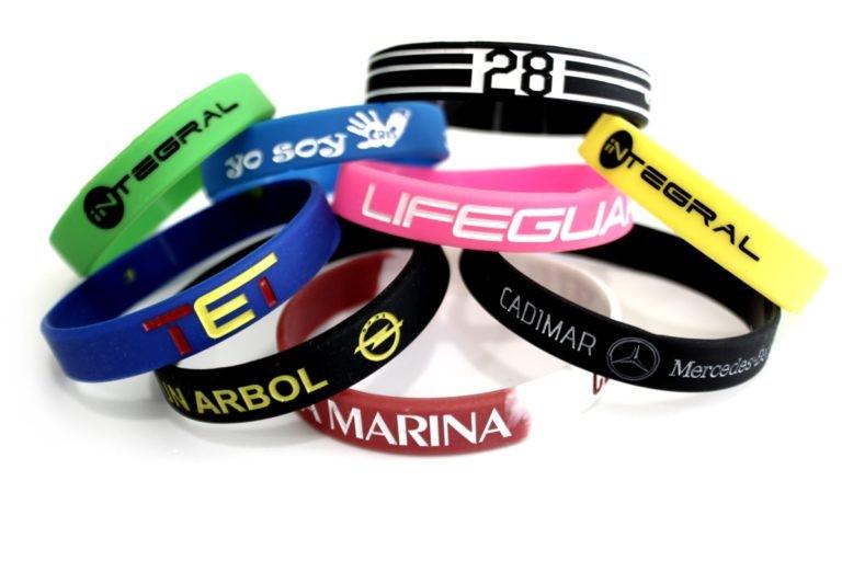 Los tipos de letras en las pulseras de silicona – Ruristic.com 0727915b6140